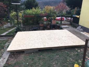 Die Bodenplatte ist fertig